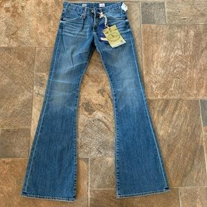 AG Farrah 70s Bell Bottom Jeans 26 Med Wash NWT